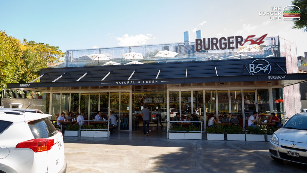 the_burger_life_Apr-08-141709